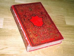 Altes Buch aus Paris